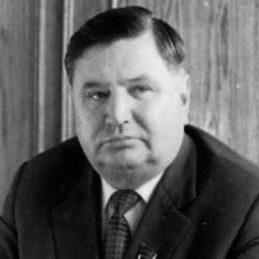 М. К. Крахмалёв
